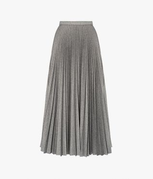 Crafted ingrey tailoring, the Nesrine Skirt nods to the sophisticated mood of the ballet.