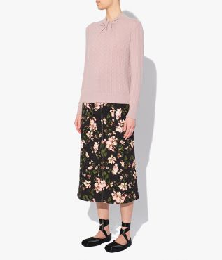 Rae Jumper in blush pink made from a blend of merino wool and cashmere.