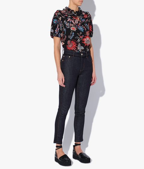Skinny Myrna Jeans designed to sit high on the waist and fitted through the legs.