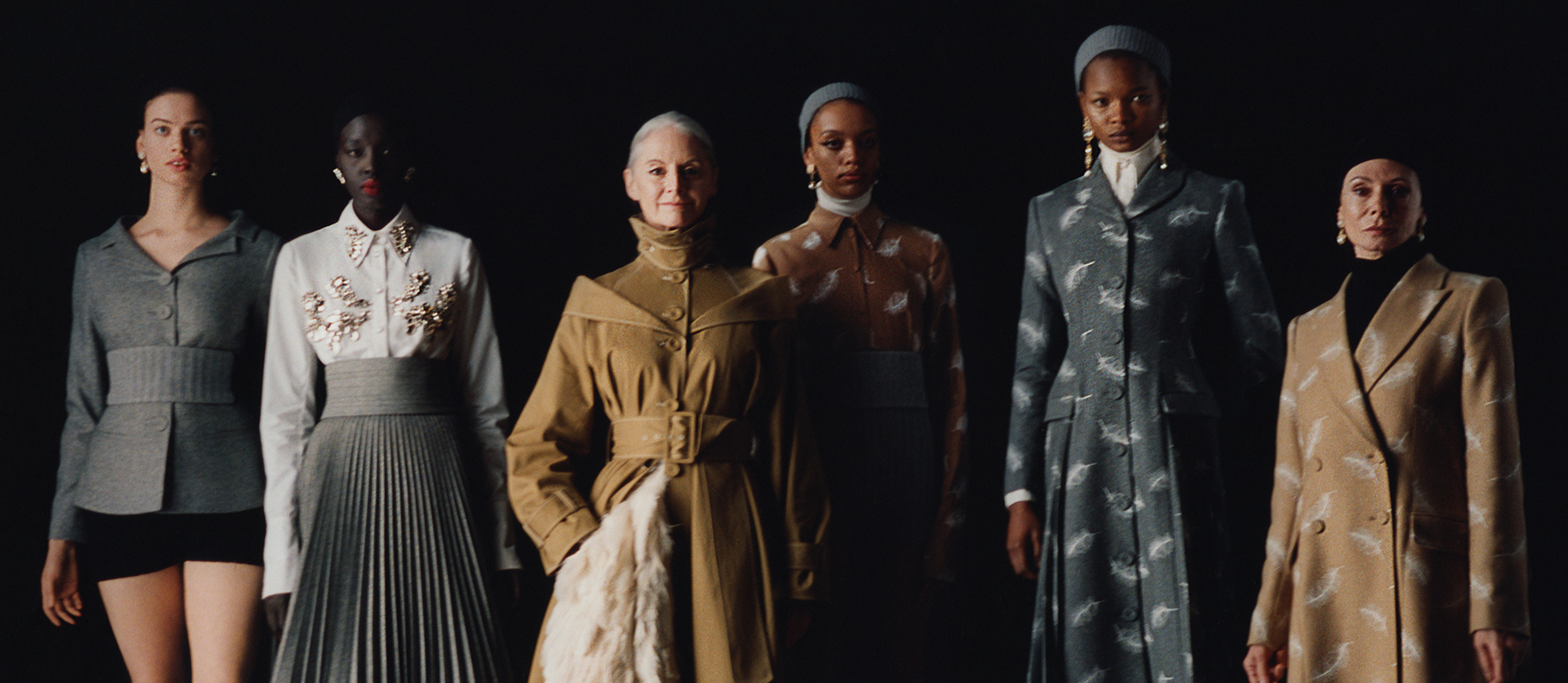 Watch the autumn winter 2021 show